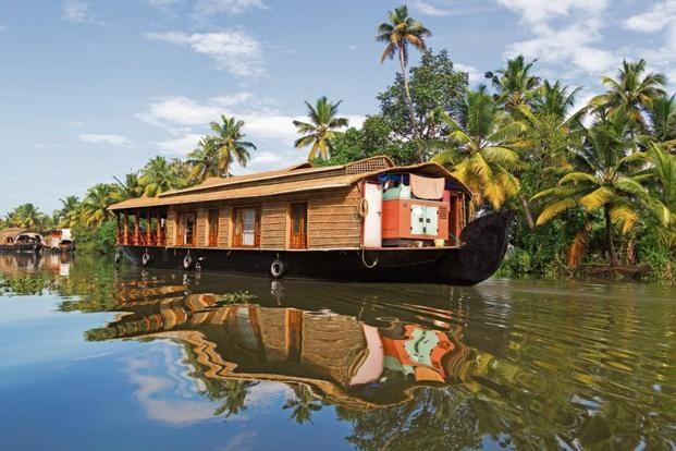 Kerala Tour Package 9811042001